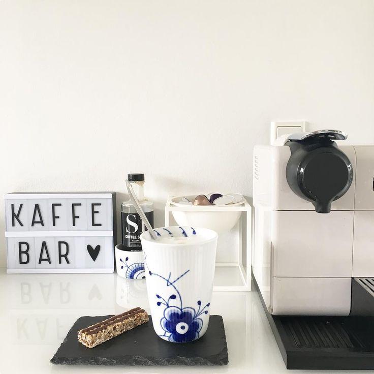 "145 Likes, 2 Comments - Louise Hedegaard Nielsen (@asgeragnesyrsa) on Instagram: ""KAFFE ☕️ God Dag  #kaffetid #nespresso #caffelatte #jobbet#kalder#om#lidt #kaffebar #køkken…"""
