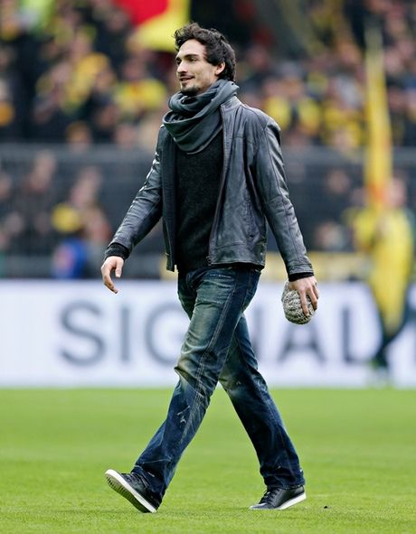 Mats Hummels. Photograph: Getty ImageBoris Streubels
