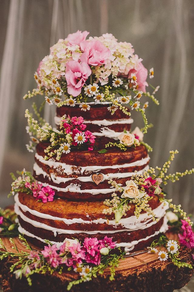Naked Wedding Cake    #bohowedding #bohemianwedding #rusticwedding…