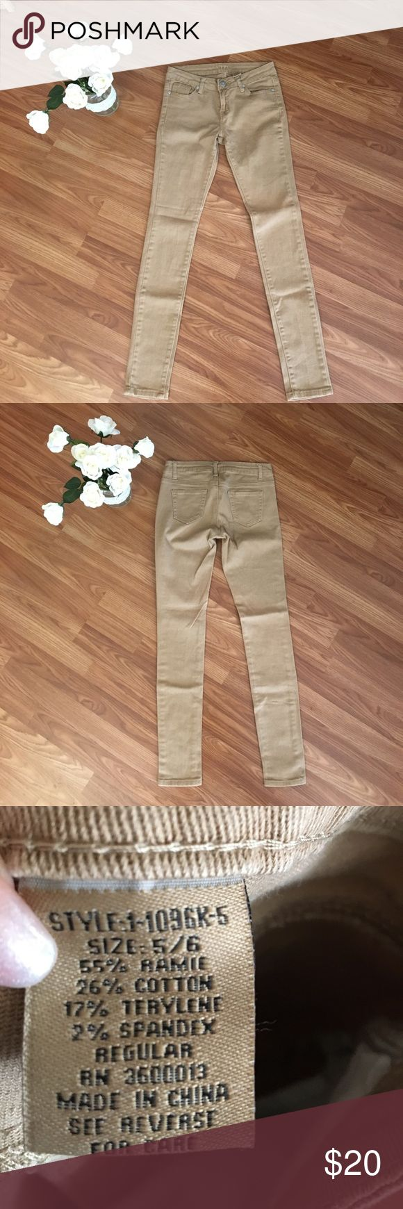 VIP Tan Skinny Jeans Simple, cute, size 5/6 beige skinny jeans!  A perfect mix and match piece! Jeans Skinny