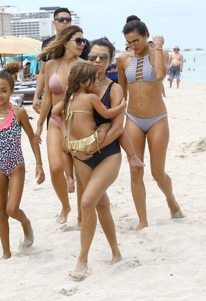 Penelope Disick Photos Photos - Pregnant Kourtney Kardashian enjoys a day on the beach with her kids in Miami, Florida on July 2, 2016. Kourtney was joined by Larsa Pippen, Isabela Rangel and her husband David Grutman. Kourtney recently announced that she was pregnant with child number four with Scott Disick. - Kourtney Kardashian Enjoys a Day on the Beach in Miami