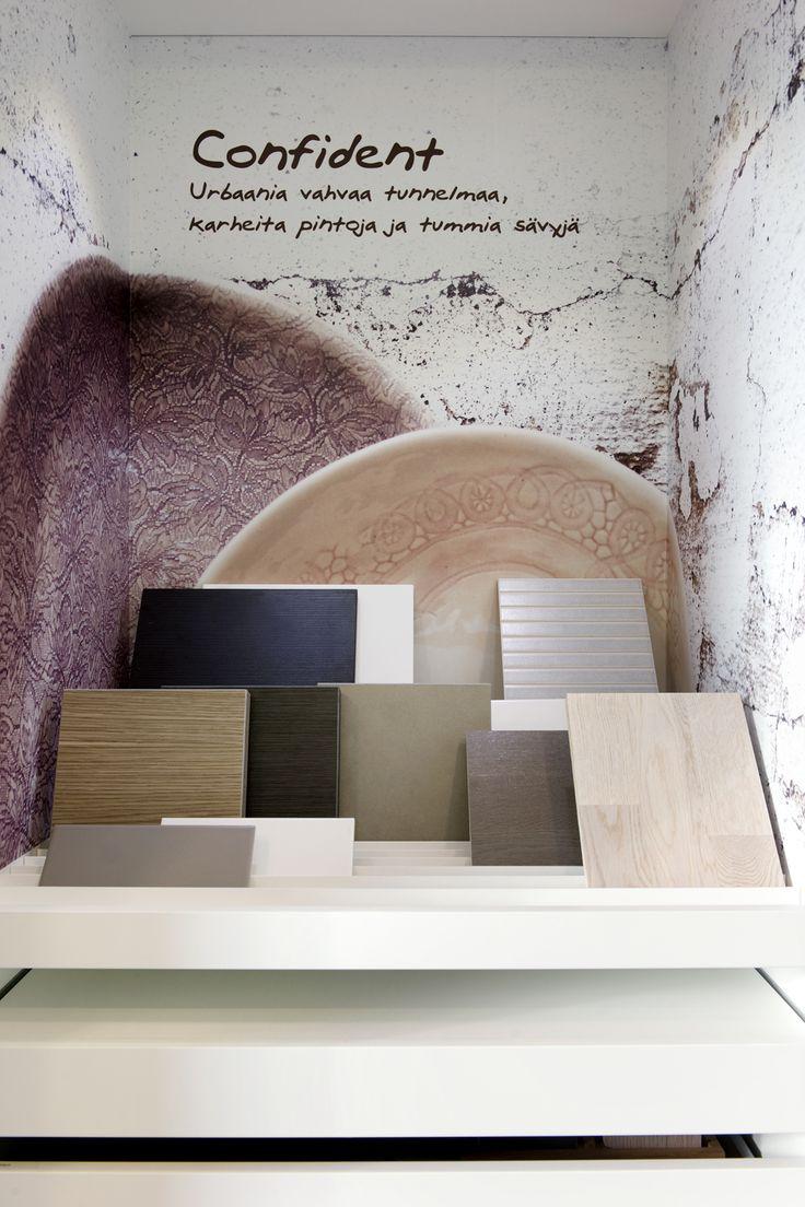 Sisustusmallisto Confident esillä Skanska Kotien Kotimyymälässä. Design-mallistojen avulla kotiin on helppo valita yhteensopivat, omaan sisustukseen sopivat materiaalit.