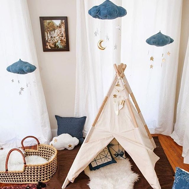 What A Gorgeous Nursery // Could It Get Any Better? Watching The Moon And  Stars From Your Cozy Moses Basket And Teepee By Homewithluna