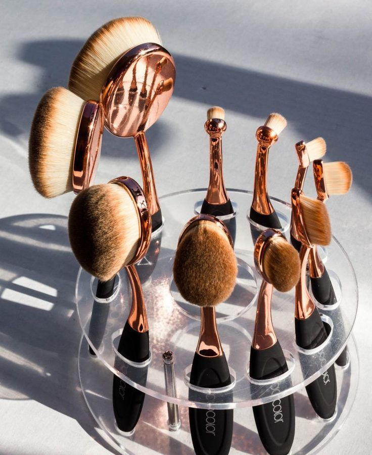 Docolor Oval Brush Set Review An Artis Dupe? Oval brush