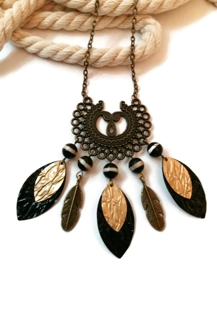 Collier Sautoir Bronze Pierres Naturelles Noires Capsules Nespresso Noires  Dorées Plumes
