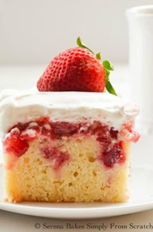 Vous voulez ajouter de la saveur à vos gâteaux? Percez des trous! Voici 10 recettes gâteaux percés que votre famille va adorer! - Cuisine - Trucs et Bricolages