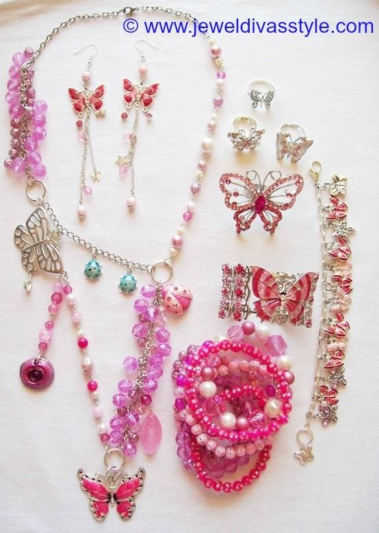JDS - JEWEL DIVAS PINK BUTTERFLY JEWELLERY SET - http://jeweldivasstyle.com/my-personal-collection-pink-clothes-and-jewellery/