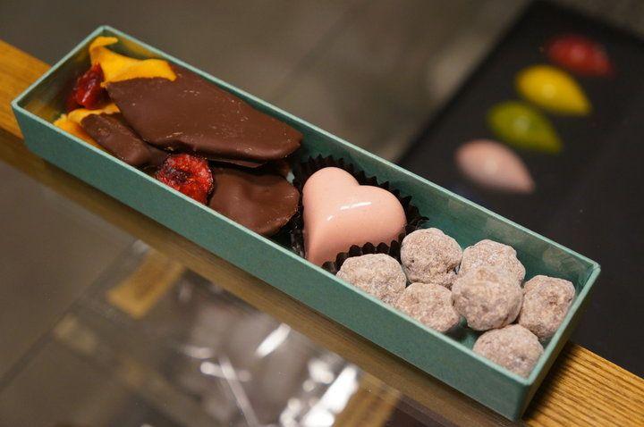 ギャラリーのような空間でアートのようなチョコを。清澄白河の「アーティチョーク チョコレート (Artichoke chocolate)