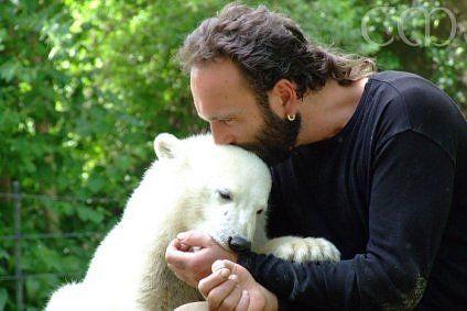 Warum nur mussten diese beiden sterben ......Thomas Dörflein & Knut (polar bear) - Memory