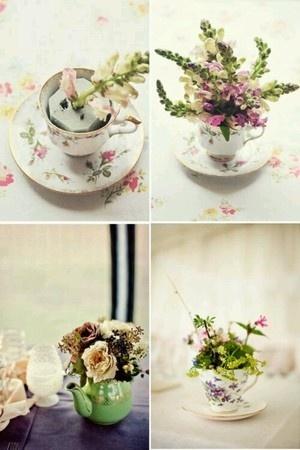 ティーカップやティーポットを花瓶使い