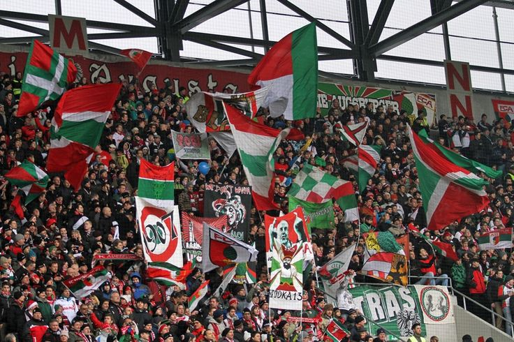 Fanfotos: FC Augsburg - 1. FC Kaiserslautern 2:2 (1:1) | Der Betze ...