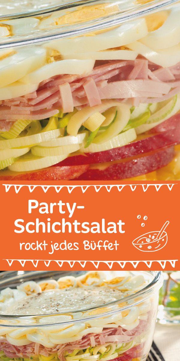 Auf jeder Party ein gern gesehener Gast! Apfel, Lauch, Mais, Schinken und Sellerie machen den Salat einzigartig.