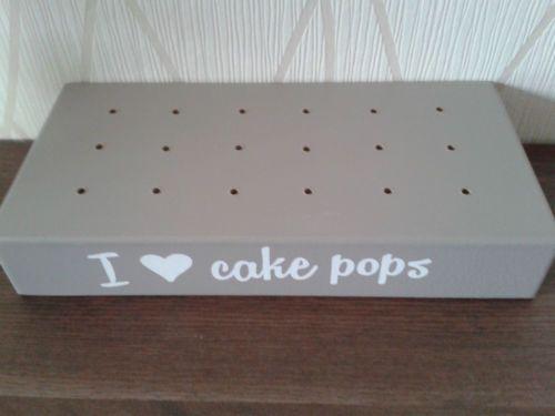 die besten 25 cake pop halter ideen auf pinterest cake pop mittelst ck kuchenlolli und cake. Black Bedroom Furniture Sets. Home Design Ideas