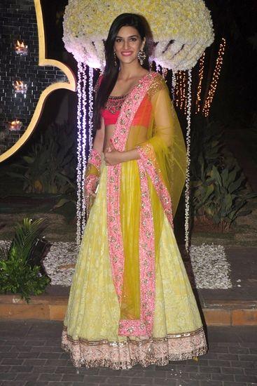 Lemonish yellow skirt with hot pink choli,need we say more ?