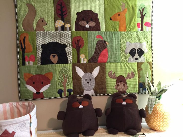 I love this wall hanging that Donna made with the Woodland Critters quilt pattern - and the Brandon Beaver pattern for the softies! Just stunning!