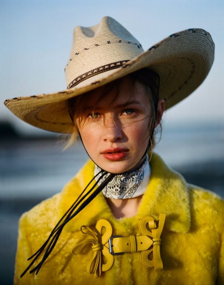 We consider this to be next level western influences in fashion. Not to forget that we love this shade of yellow. Featured in Wonderland Magazine Summer 2017 Anna Lund by Buzz white