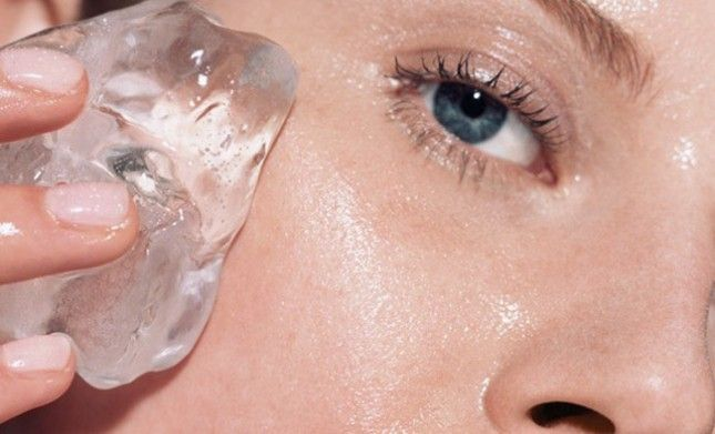 Rub an ice cube all over the area for about two minutes before applying an acne cream or a DIY face mask. (via Beautylish r