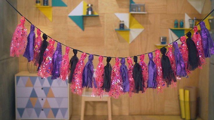 Para o tema da festa Ivete Sangalo, o tassel escolhido é bem colorido com clima de carnaval