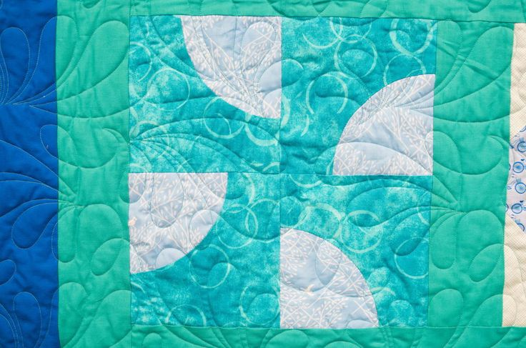 Drunkard's Path Block Pattern | Learn how to make a Drunkard's Path block in our newest Quilt Block of the Month video!