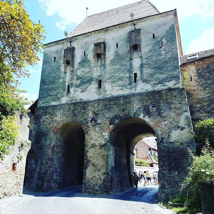 #Entrance / #Entrada. #Sighisoara #Schaessburg #Transilvania #Siebenburgen #Transylvania #Romania #Rumaenien #Rumania