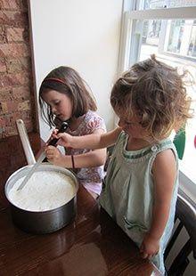 Children making halloumi