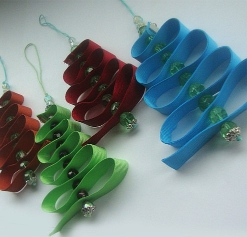Christmas tree: Idea, Christmas Crafts, Crystals Beads, Ribbons, Kids Crafts, Christmas Trees Decor, Christmas Decor, Christmas Ornaments, Christmas Trees Ornaments