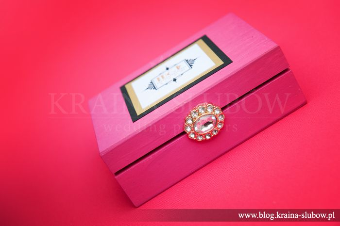 Art deco style ring box