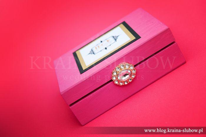Art deco style ring box