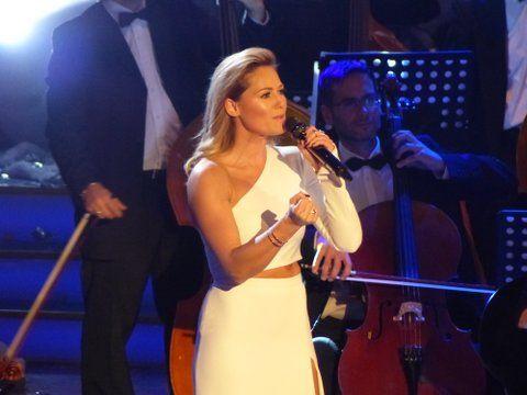 """Helene Fischers """"Weihnachten"""" erobert die Charts"""