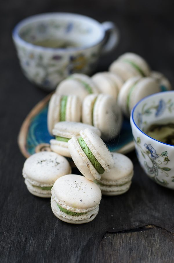 Jasmine Green Tea Macarons | Lisa's Lemony Kitchen