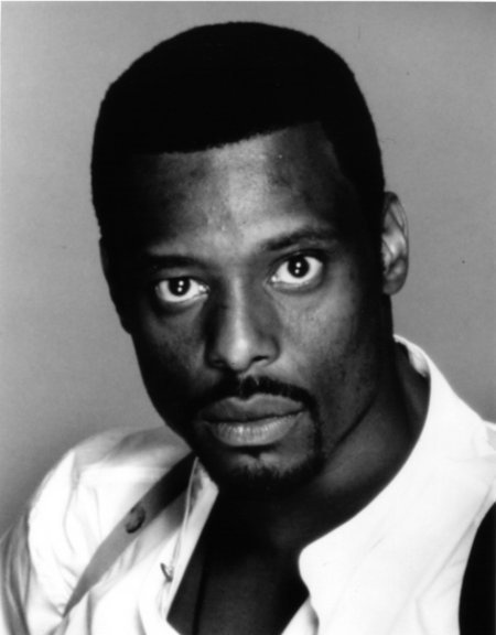 Eamonn Walker...loved his character in Oz.