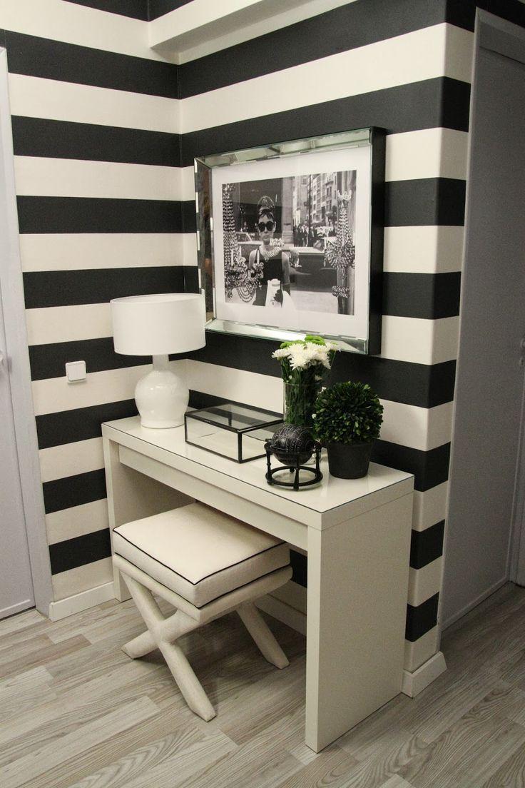hall de entrada, decoração, apartamento, entrada da casa, inspiração, preto e branco, listrado, moderno.