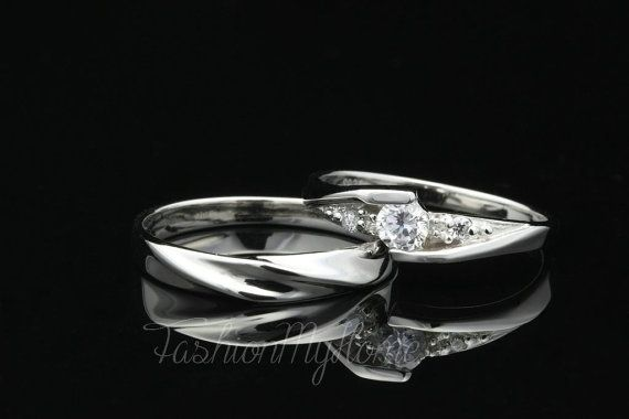 Hey, I found this really awesome Etsy listing at https://www.etsy.com/listing/270158461/free-engraving-couples-rings-5mm-diamond