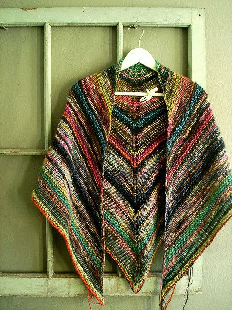 """melted crayon shawl - Version of """"Simple But Effective SHawl"""" here: http://www.cosmicpluto.com/blog/simple-yet-effective-shawl/"""