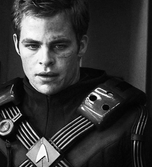Kirk - Star Trek Into Darkness He kind of reminds me of an older Logan Lerman with different hair in this picture...