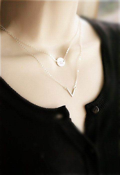 Layered Set of 2 Necklace Silver Disc Necklace V by smilesophie