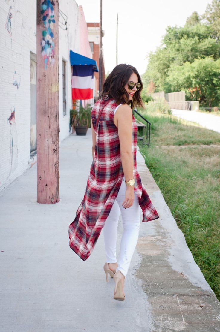 Plaid long shirt and white jeans for fall via @mystylevita [My Style Vita]