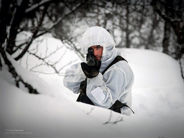 Royal Marines Reservist Commando on Exercise in Norway by Defence Images, via Flickr