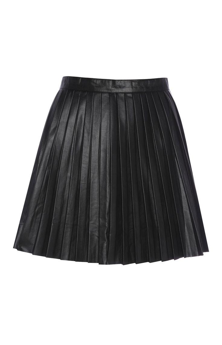 Primark - Minifalda plisada negra de polipiel
