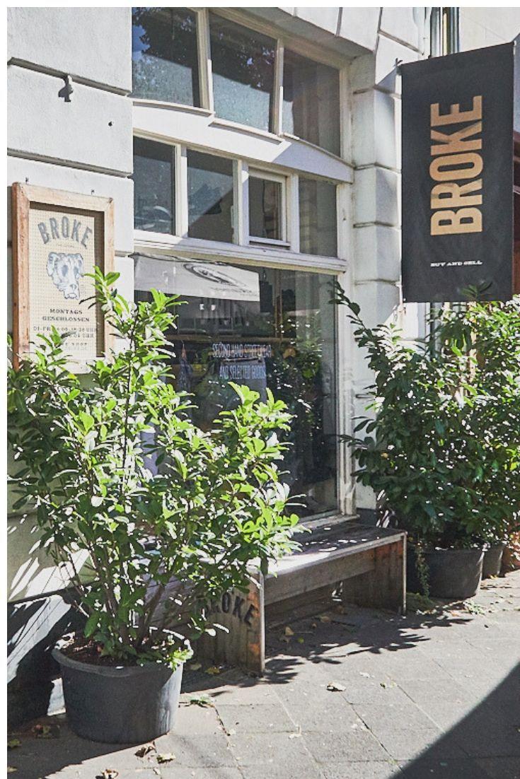 Second Hand In Dusseldorf Die Besten Vintage Shops Vintage Second Hand Shop Carhartt