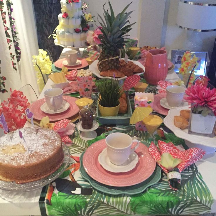Flamingo Baby shower   By: Elisa Carvalho (EC interior design & Party)
