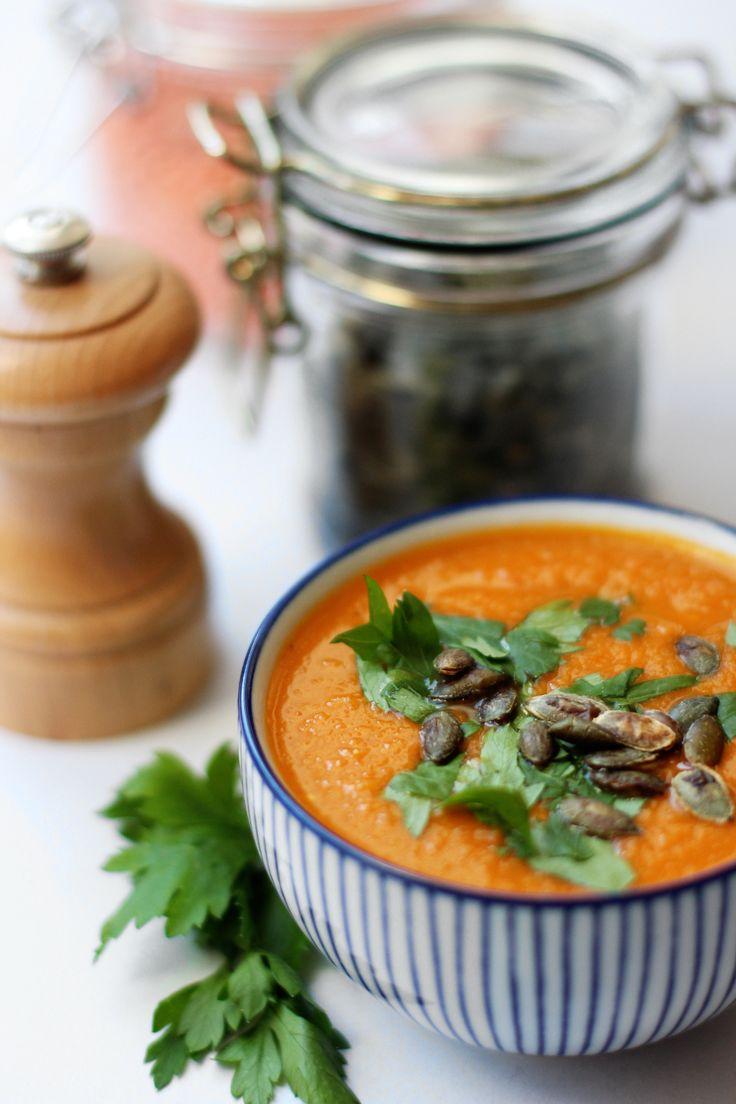 Gulerodssuppe med røde linser – Sustain Daily – inspiration til en bæredygtig livsstil