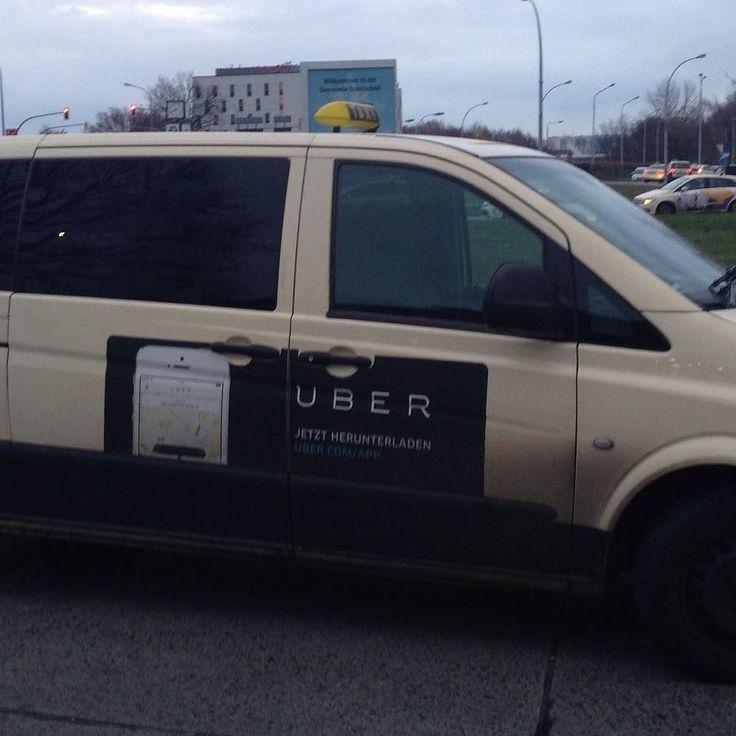 In Germania i #taxi fanno pubblicità a #uber #marketingfreaks