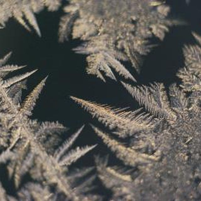 Make needle-like frost on your windows with Epsom salt.