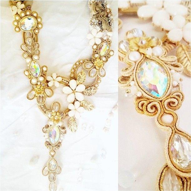 buongiorno in oro #gold #soutache #gems #caboh #jewellery #bijoux #Vogue #fashion #style #glam #moda #bloggers #necklace #eventi #sfilate #designersbijoux #handmade #handmadejewellery #designerbijoux #puglia #solocosebelle #italiaislove