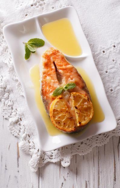 Mon dîner en moins de 15 min : le saumon miel-gingembre