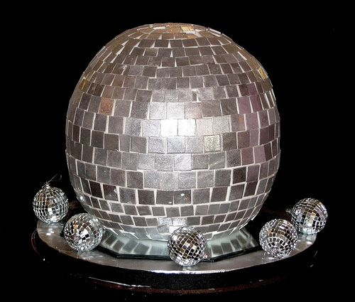 Disco Balls Decorations: 17 Best Ideas About Disco Cake On Pinterest