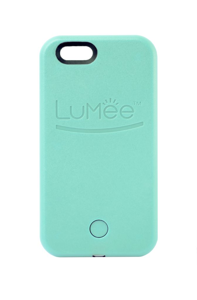 iPhone 6 LuMee case with professional quality lighting. LED lighting on both sides of the LuMee case gives you a soft and beautiful light for every occasion! Shown in Mint Green.
