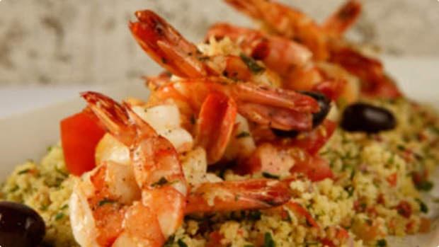 Salada de cuscuz: Simply Delicious, Cucina Tusinina, Legumes Grelhado, Food, Salada Criativa, De Cuscuzmarroquino, Salada De, My Kitchen, De Cuscuz Marroquino