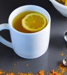 I benefici di bere al mattino acqua calda, limone e un pizzico di curcuma   Ambiente Bio